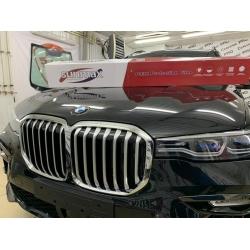 Оклейка полиуретановой пленкой Sunmaxfilms BMW черный