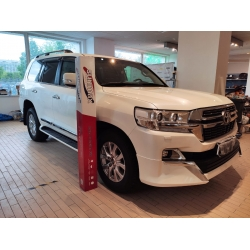Оклейка полиуретановой пленкой Sunmaxfilms Toyota белый
